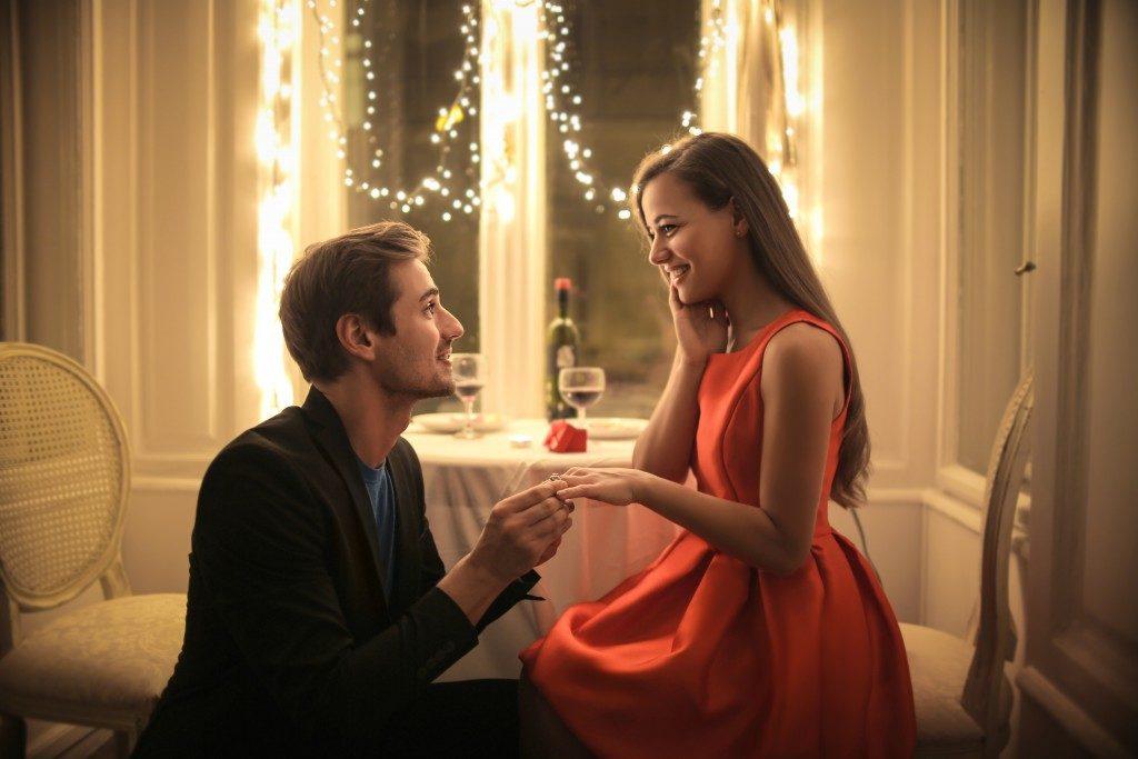 man proposing to his beloved