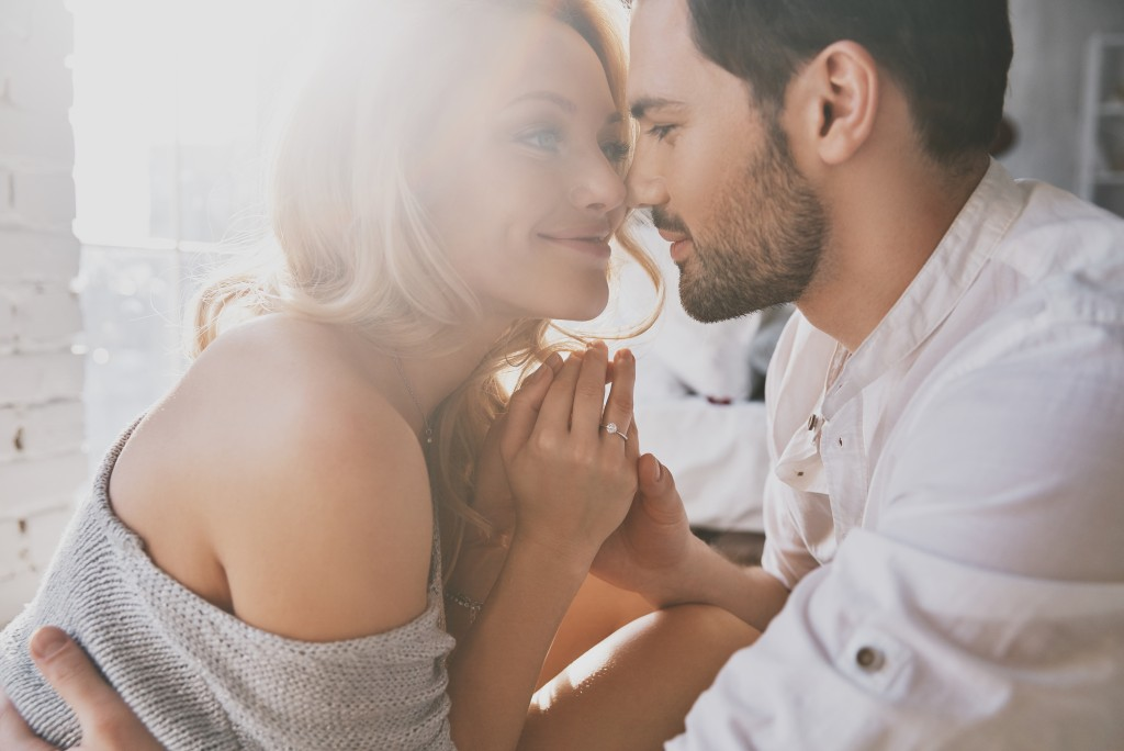 Here's What Emotionally Stable Couples Do