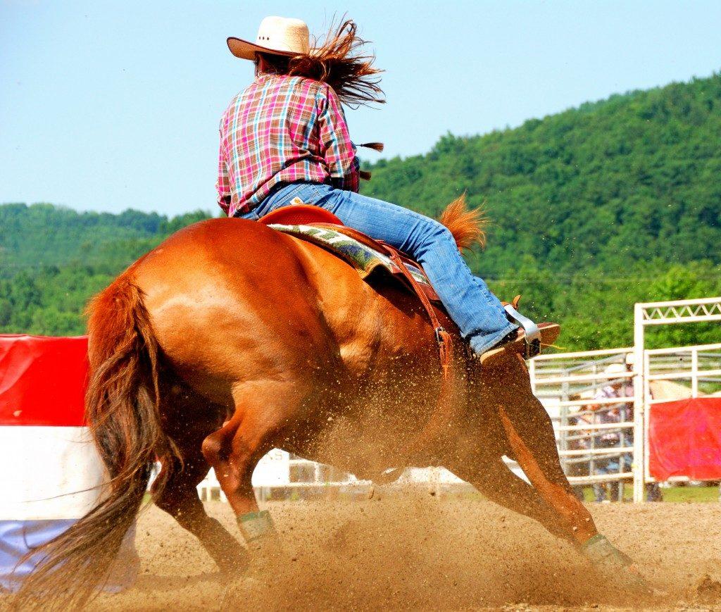 cowgirl racing