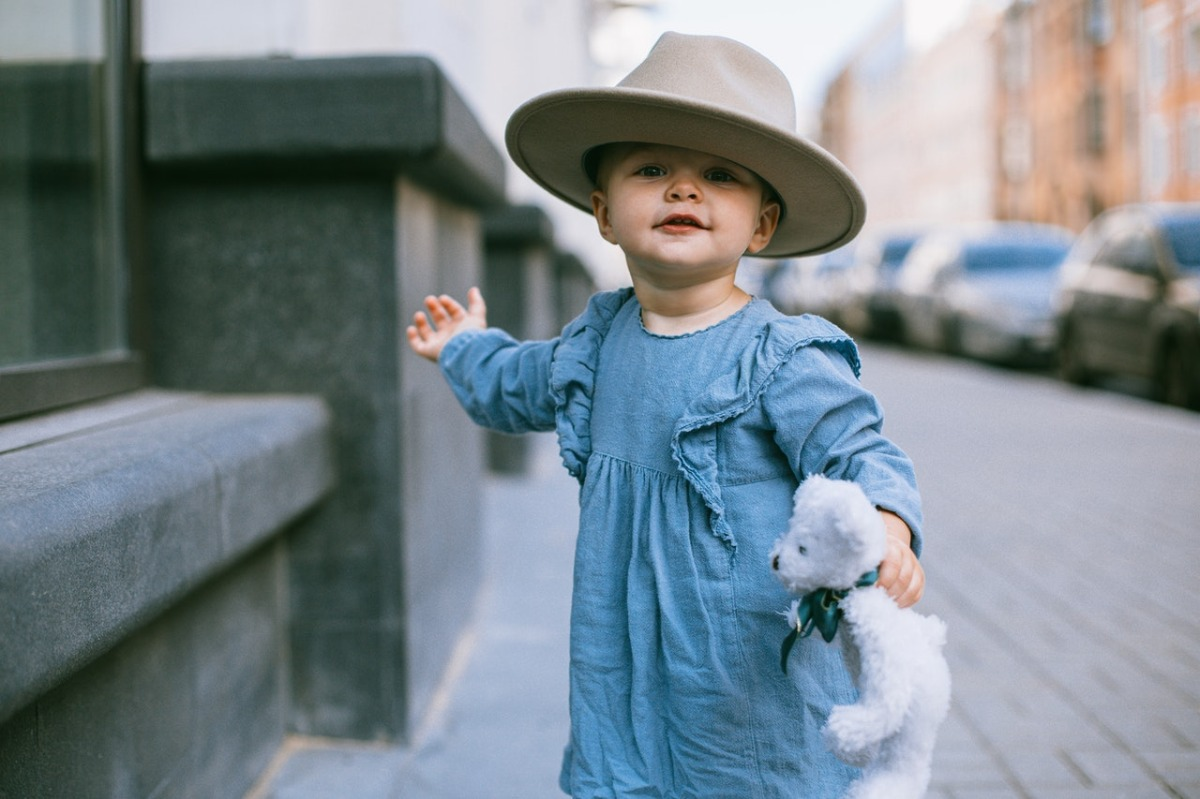 child wearing a hat